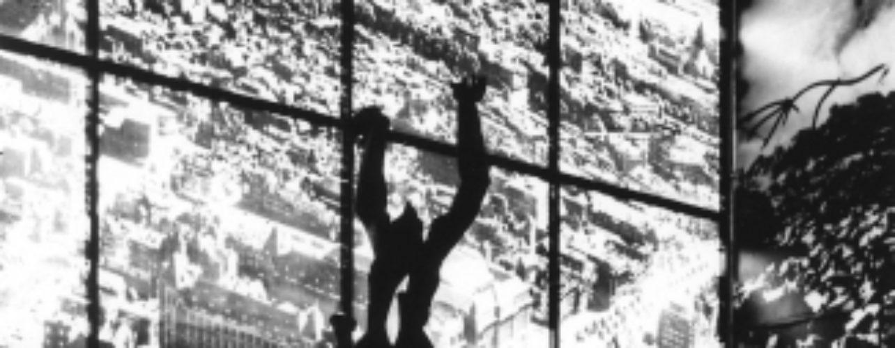 Model Verwoeste stad getoond aan bevolking | 1950